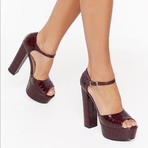 Burgundy Faux Leather Croc Heels Size 9, NIB